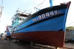 Ảnh: Nhiều tàu cá cỡ lớn của ngư dân miền Trung sắp vươn khơi