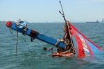 Một tàu cá cùng 9 ngư dân bị chìm ở biển cách Đà Nẵng 41 hải lý
