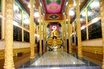 Thực hư việc ông Trầm Bê treo hình giữa chánh điện hai ngôi chùa