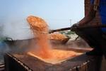Kinh hoàng công nghệ sao tẩm hóa chất nhuộm màu tôm nõn khô