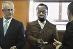 Mỹ xem xét đơn kháng cáo lệnh trục xuất chú TT Obama