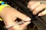 """Cảnh báo chiêu móc túi mới bằng bút bi của dân """"2 ngón"""" Trung Quốc"""