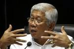 Bộ trưởng QP Philippines: Trung Quốc từ chối ra tòa, càng tốt!