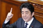 Thủ tướng Abe: Nhật không bao giờ tha thứ thách thức của TQ ở Hoa Đông