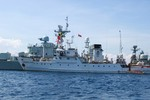 """Tàu chiến Trung Quốc vẫn """"lởn vởn"""" ở Trường Sa"""