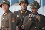 """Triều Tiên """"không đảm bảo an ninh"""" cho nhân viên ngoại giao từ 10/4"""