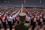 Video: 18 ngàn trẻ em Triều Tiên thề dùng tính mạng bảo vệ Kim Jong-un