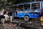 Pakistan: Nổ bình ga xe bus làm 17 trẻ em thiệt mạng