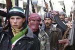 Assad phản công dồn dập, phương Tây viện trợ khẩn cấp phiến quân Syria
