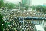 Video: Hàng ngàn người dân Trung Quốc bao vây Bí thư huyện