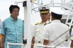 Thủ tướng Nhật thị sát gần Senkaku cảnh báo Trung Quốc