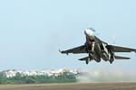 """Hoàn Cầu: Việt Nam sắm 12 chiếc Su-30 để """"tranh lợi ích biển"""" với TQ?"""