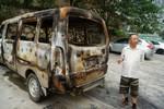 Trung Quốc: Phóng hỏa đốt ô tô người khác để được ăn cơm tù miễn phí