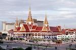 Campuchia: Phát hiện đặt bom điều khiển gần tòa nhà Quốc hội