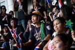 Thái Lan áp luật an ninh đặc biệt, người biểu tình chiếm trụ sở các bộ