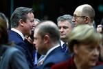 Crimea trưng cầu sáp nhập lãnh thổ Nga, EU họp thượng đỉnh khẩn cấp