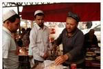 Trung Quốc cấm quan chức, học sinh Tân Cương ăn chay trong lễ Ramadan