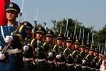 Trung Quốc ép khu vực lựa chọn: Làm chư hầu cho Bắc Kinh hay theo Mỹ