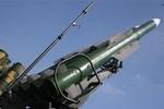 Chính phủ và phe ly khai Ukraine cáo buộc nhau bắn hạ máy bay MH17