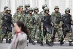 """Trung Quốc """"tấn công khủng bố"""" Tân Cương, 50 người chết"""