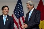 Mỹ chính thức công bố nới lỏng cấm vận vũ khí sát thương với Việt Nam