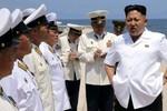 """Kim Jong-un vắng mặt, quan chức cấp cao Triều Tiên phải """"làm thêm giờ"""""""
