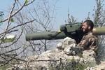 Phiến quân Syria do Mỹ huấn luyện và trang bị đầu hàng khủng bố