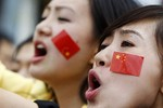 """Thế hệ """"9X"""" Trung Quốc không ủng hộ dùng vũ lực ở Biển Đông, Hoa Đông"""