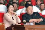 Kim Jong-un tìm người kế vị, Ri Sol-ju thất sủng vì sinh con gái?