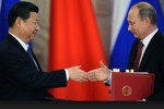 """Tập Cận Bình cho Putin tin """"uống định tâm đan""""?"""