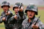 Quân đội Trung Quốc không quá mạnh, bác bỏ đe dọa từ Bắc Kinh là sai lầm
