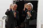 Vua Campuchia và Thái hậu đi Bắc Kinh kiểm tra sức khỏe