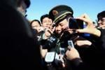 """Video: Cháu Mao Trạch Đông bị phóng viên """"truy vấn"""" có giảm béo không"""