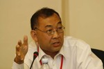 Tham luận viên Campuchia, Indonesia đòi Mỹ, Nhật rời khỏi Biển Đông