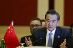 Bắc Kinh ủng hộ Putin không kích, bắt đầu viện trợ xe quân sự cho Syria