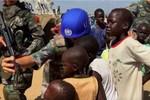 BBC: Gìn giữ hòa bình - bình phong Trung Quốc bán vũ khí ở Nam Sudan?