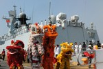 """""""Bắc Kinh nên """"thưởng"""" Campuchia chiến hạm cũ, đổi lấy trung thành ở Biển Đông"""""""