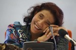 Tấm gương đáng khâm phục của nữ Bộ trưởng Indonesia tuyên bố kiện Trung Quốc