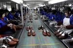Kinh tế Trung Quốc càng mạnh càng tác oai tác quái