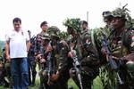 WSJ: Duterte có thể bị lật đổ, nếu cố lật ngược quan hệ đồng minh với Mỹ