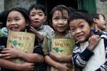 """Thẩm định Tiếng Việt 1 Công nghệ giáo dục chỉ để hợp pháp hóa việc """"lách luật""""?"""