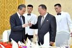 """Trung Quốc là """"ngọn núi"""" hay """"đống rơm"""", hãy hỏi Triều Tiên"""