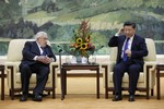 Henry Kissinger có giúp được Tập Cận Bình chống đòn trừng phạt của Donald Trump?
