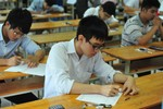 Hơn 575 nghìn thí sinh bước vào môn thi đầu tiên đại học đợt II