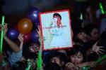 Hàng chục nghìn khán giả Nha Trang cuồng nhiệt cùng Khởi My, Trúc Nhân