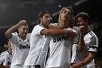 Real 2-0 Atletico: Ronaldo thắng Falcao, Real thể hiện đẳng cấp