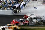 Tai nạn như phim hành động trên đường đua nước Mỹ