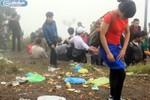 Biển người biến non thiêng Yên Tử thành... bãi rác
