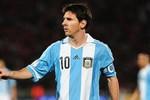 Không công nhận siêu kỷ lục của Messi: Lỗi của FIFA