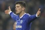 Klaas Jan-Huntelaar đòi sang Arsenal, muốn nhận lương cao nhất đội
